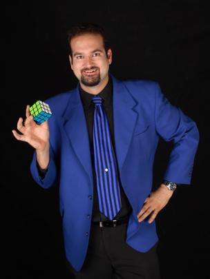keir-denver-magician